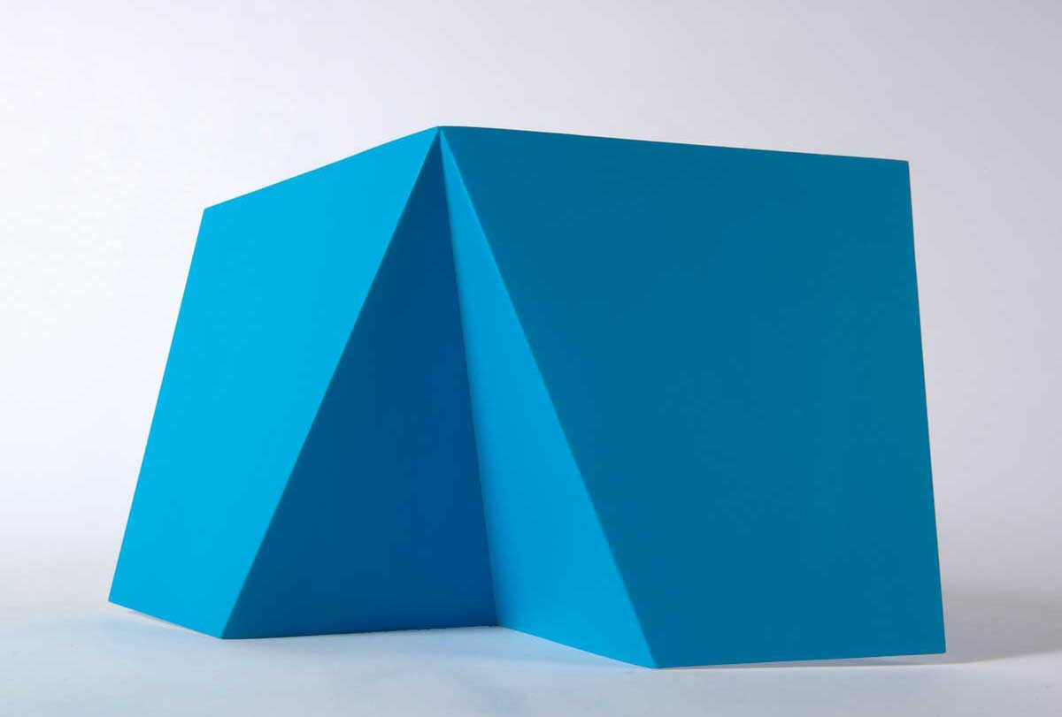 Clare Burnett Blue bodywork 1. 2014. Photo: Justin Piperger